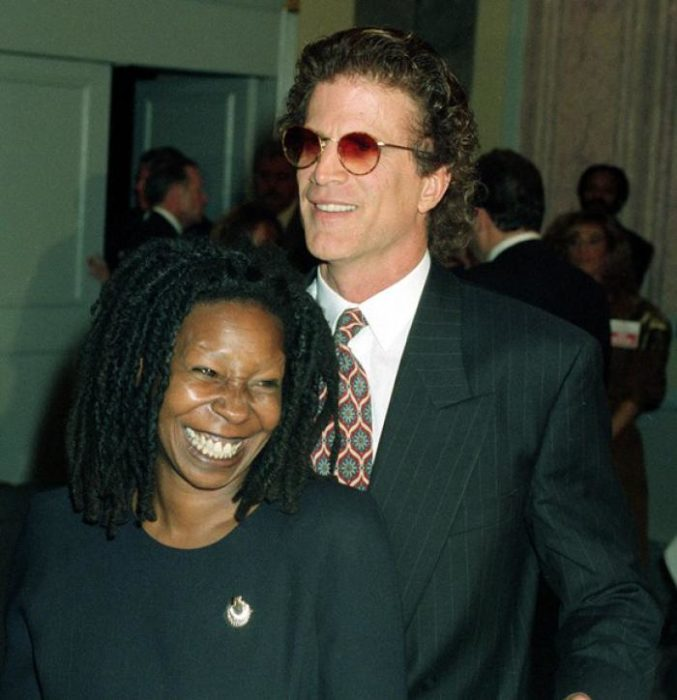 Ted Dandon y Whoopi Goldberg
