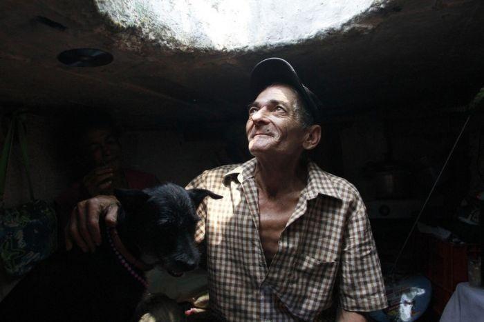 Alcantarilla familia ex drogadictos 22 años