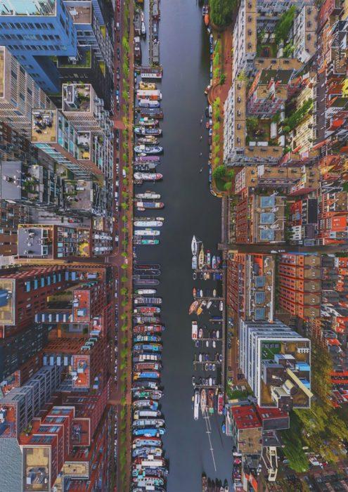 ciudad de Ámsterdam vista desde el cielo