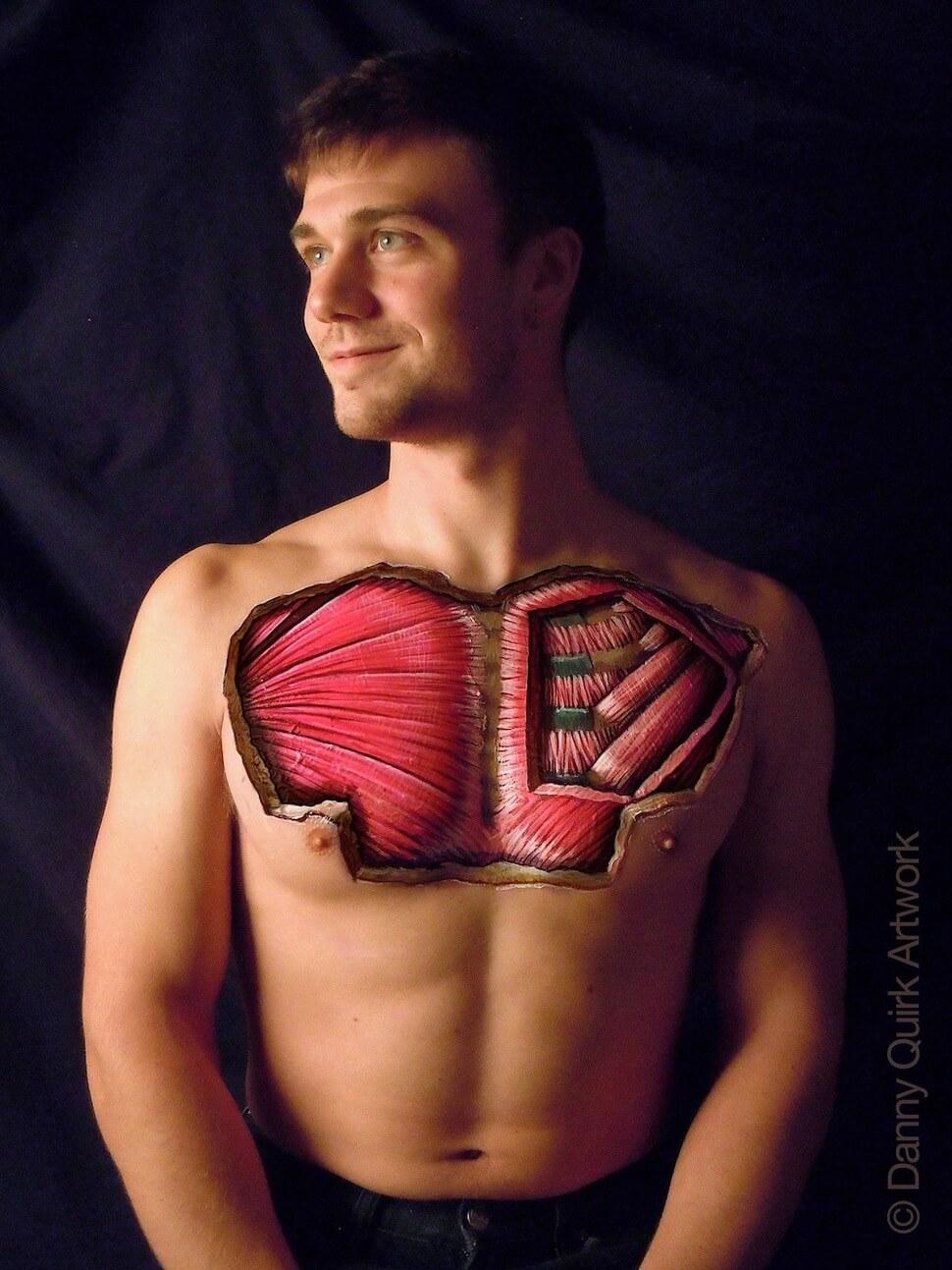 Danny Quirk el artista que ve más allá de la piel