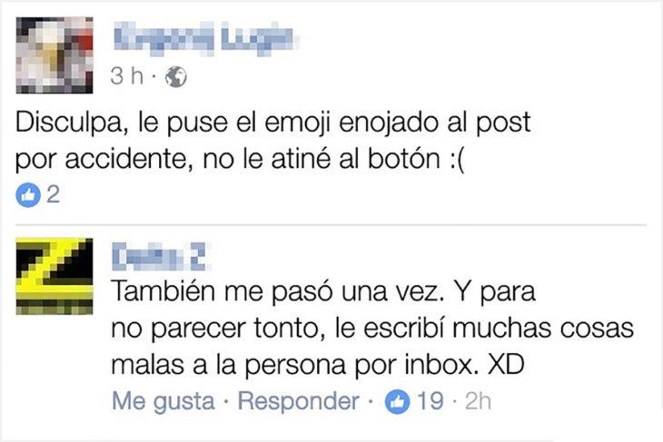 conversación en facebook sobre equivocarse de emoji
