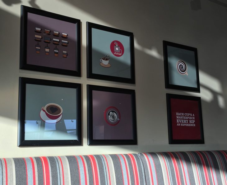 cuadros en cafetería
