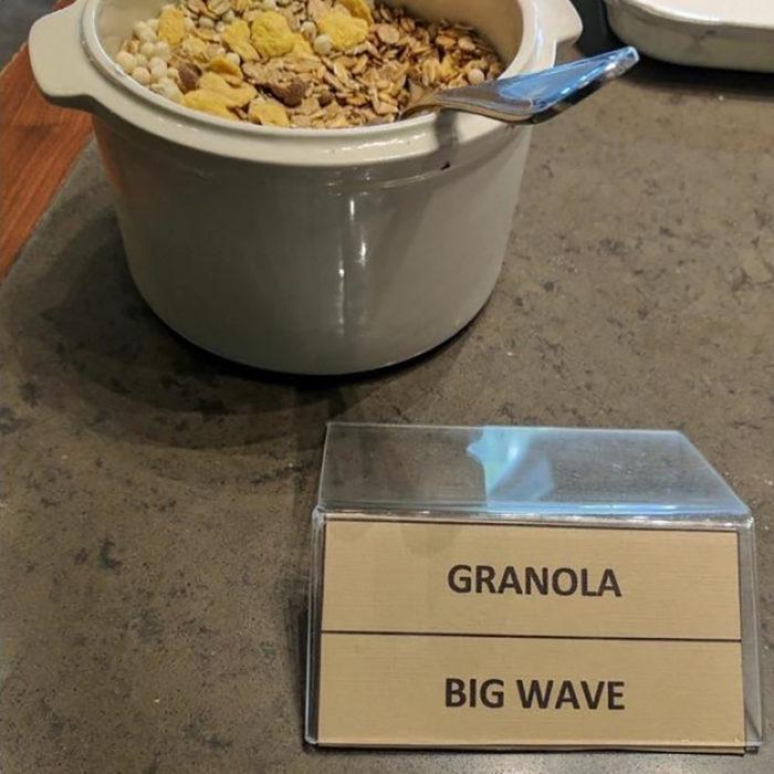 granola con traducción que dice big wave
