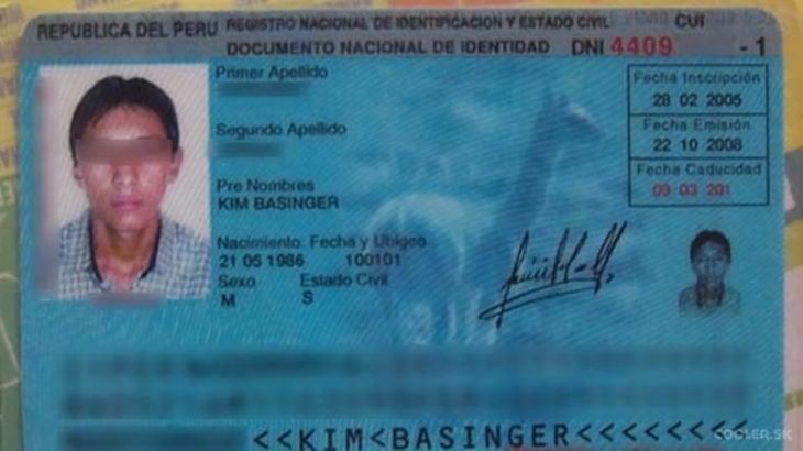 identificación de persona llamada kim basinger