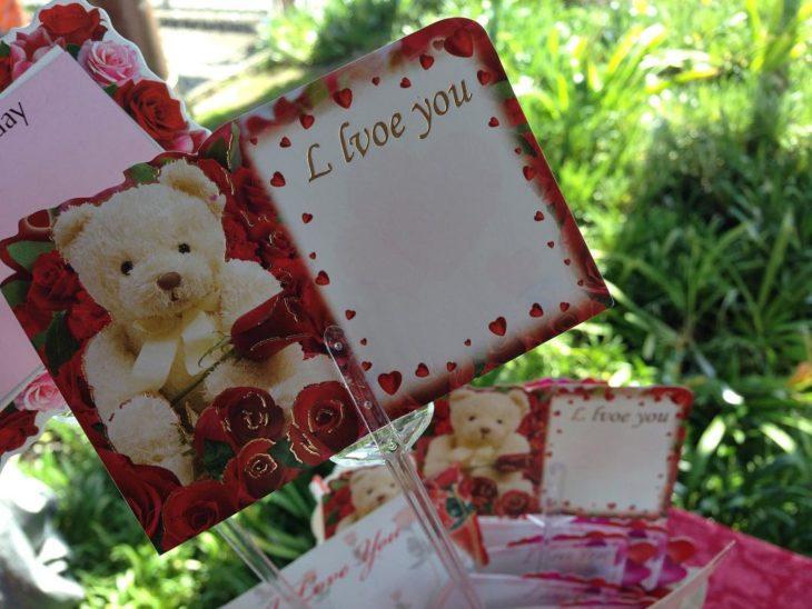 tarjeta de san valentín con error ortográfico