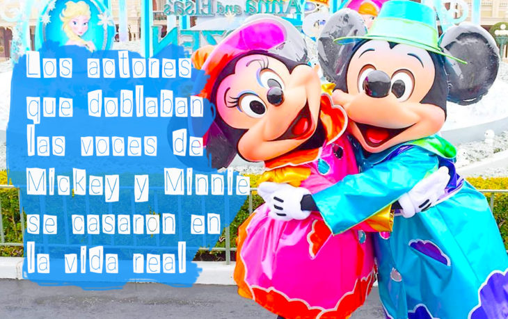 mickey y minnie en disneylandia