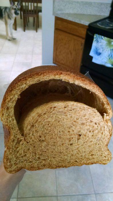 pan con un agujero