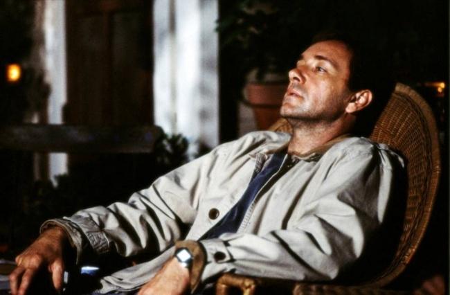 la vida de David gale hombre sentado en un sillón