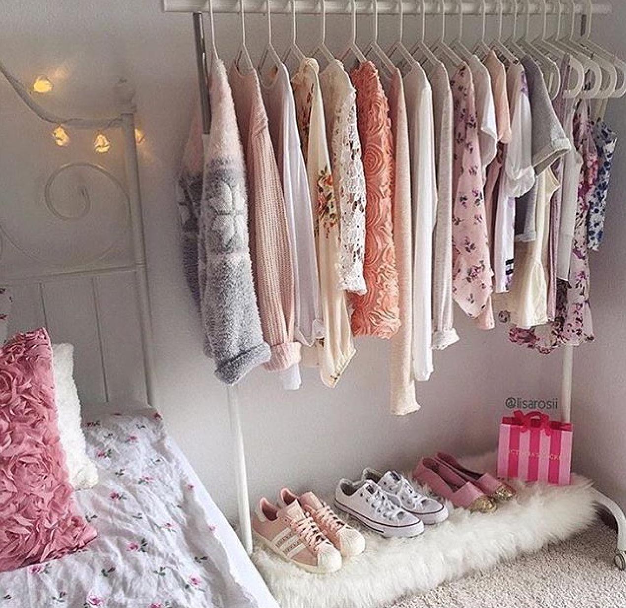 11 ideas baratas para tener el armario que siempre so aste for Cosas para decorar tu cuarto