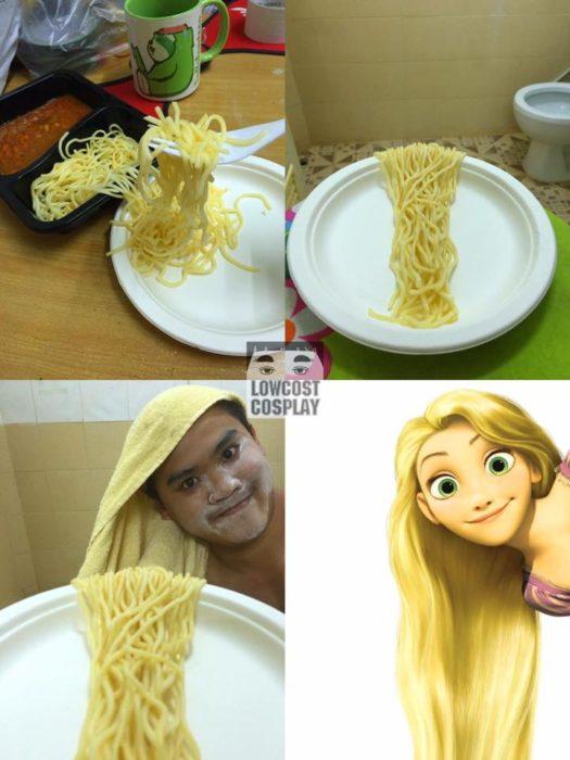 chico se pone espagueti en el pelo para lucir como rapunzel