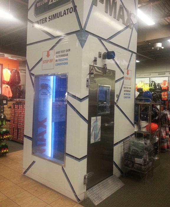Simulador invernal para probarte la roba en el centro comercial
