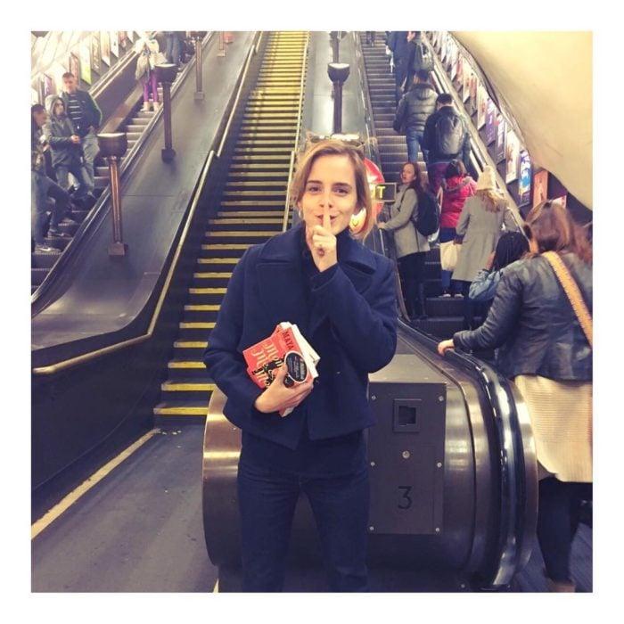emma watson en el metro