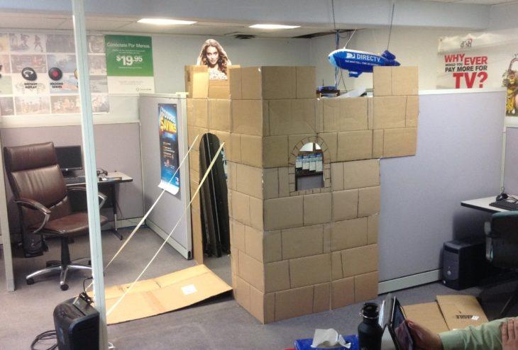 oficina cubículo es un castillo