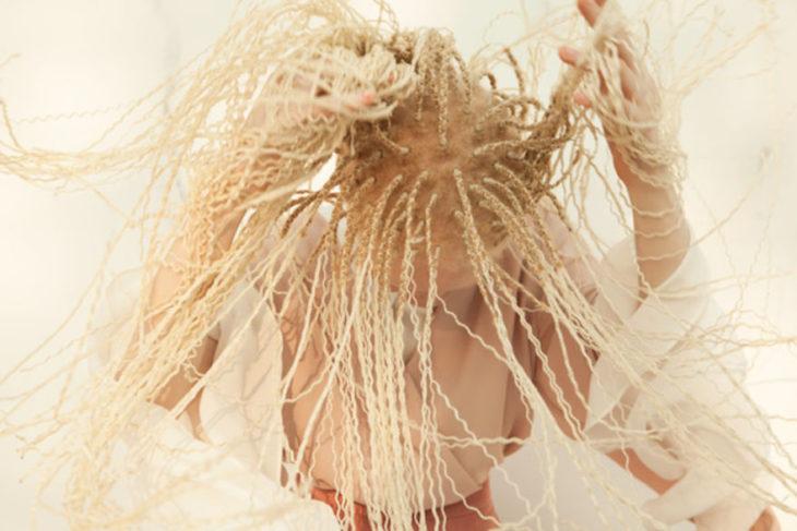 rastas rubias niña albina