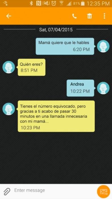 Mensajes equivocados - mamá quiere que le hables