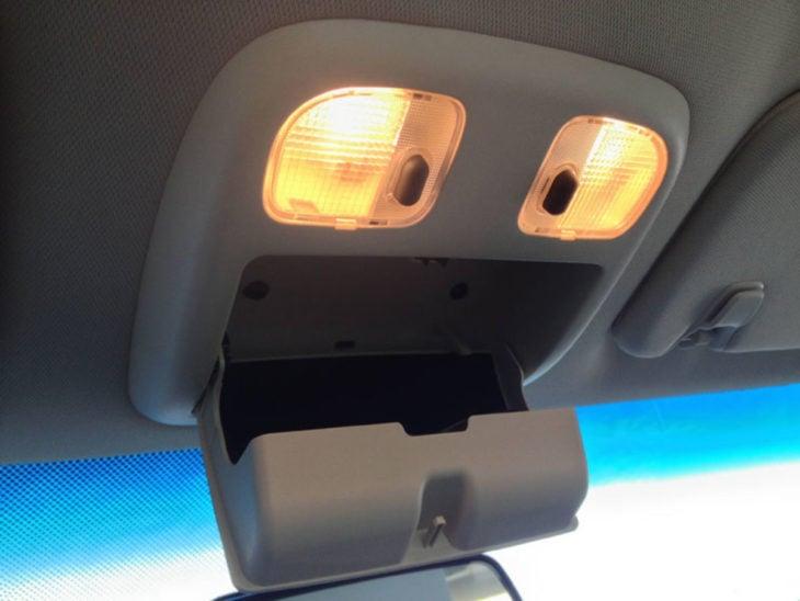 porta lentes del carro