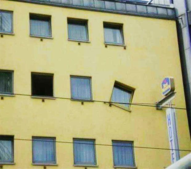 ventana chueca