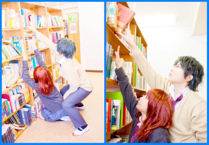 cosplayers alcanzando libros en un librero expectativa vs realidad