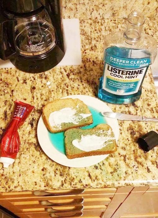 emparedado de listerine con pasta dental