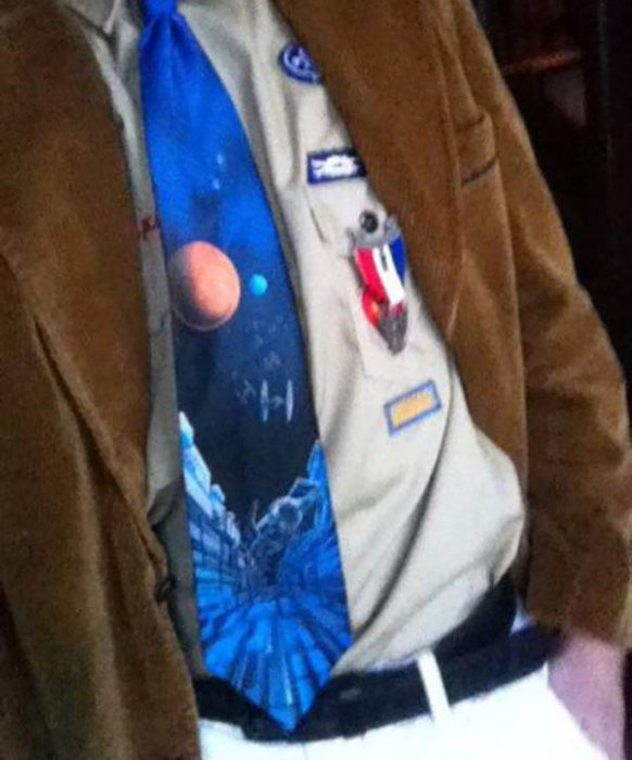 hombre con corbata de la galaxia