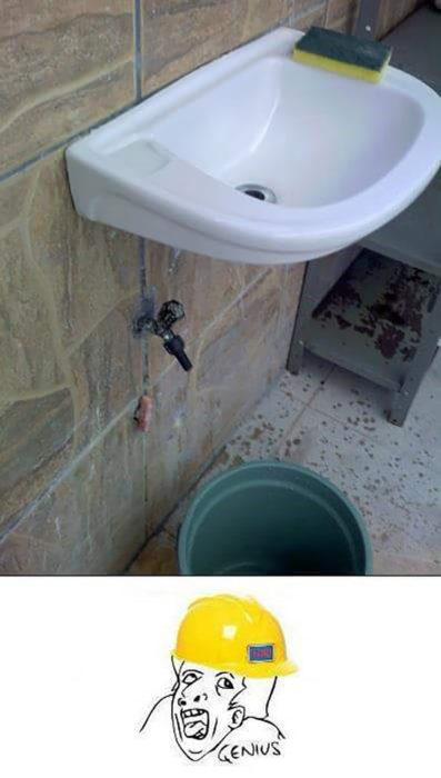 lavabo queda por encima de la llave de agua