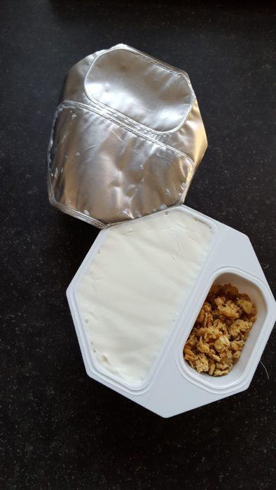 paquetito de yogur