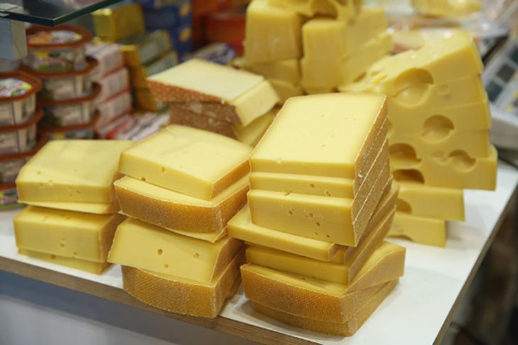 queso cortado