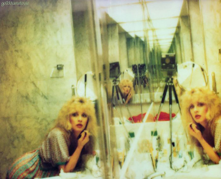 selfie en espejos de steve nicks 1970's 1980's
