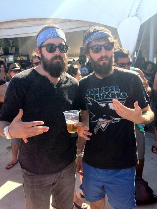 Dobles - barbudos hipsters