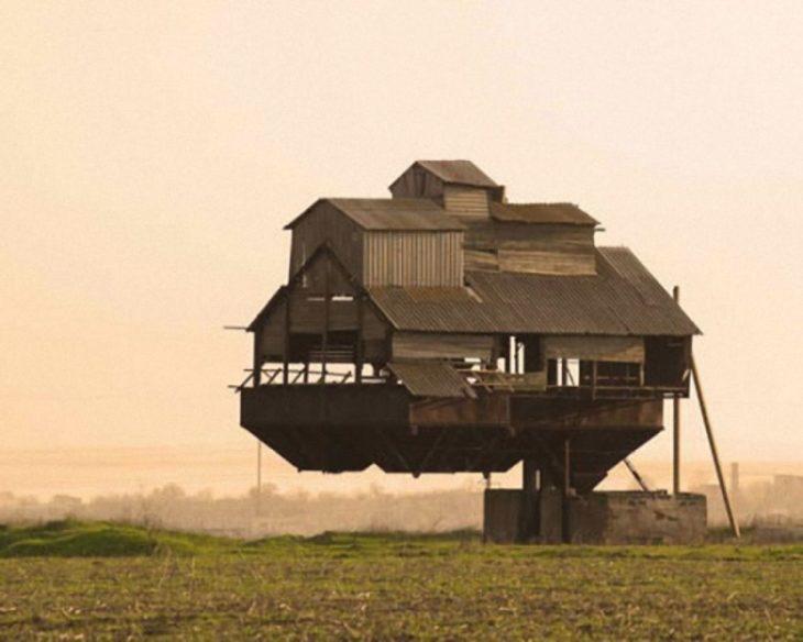 casa equilibrada en un solo putno