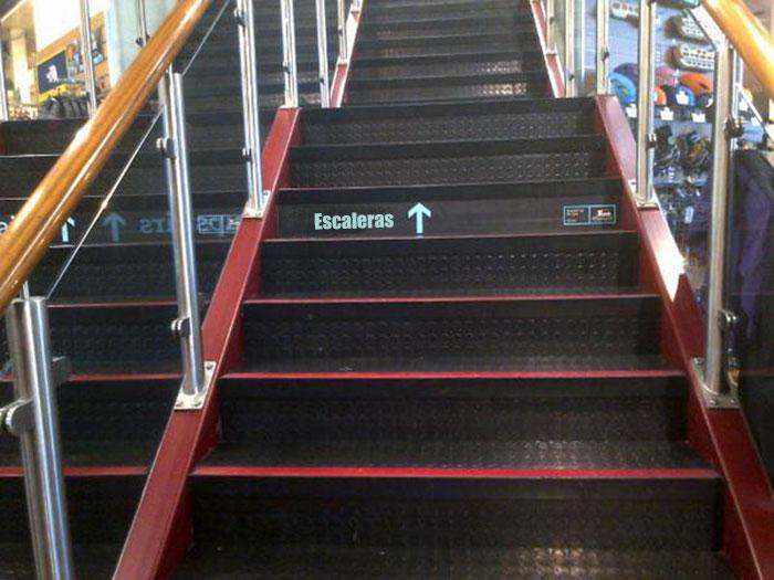 escaleras letrero