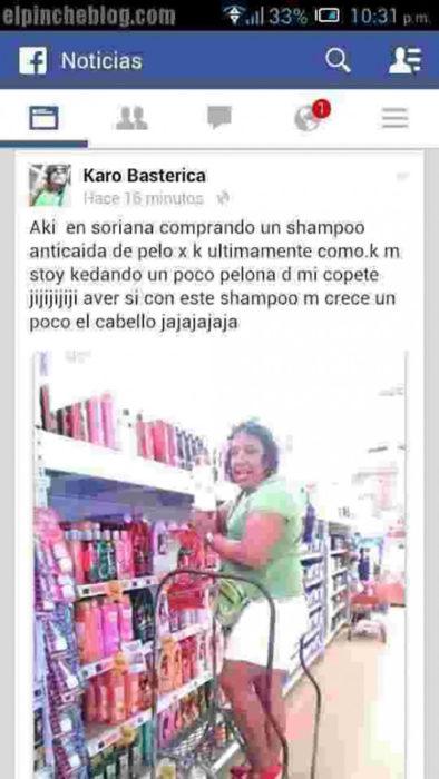 estado de facebook de mujer comprando champú