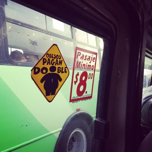 El transporte publico cobra por kilogramos