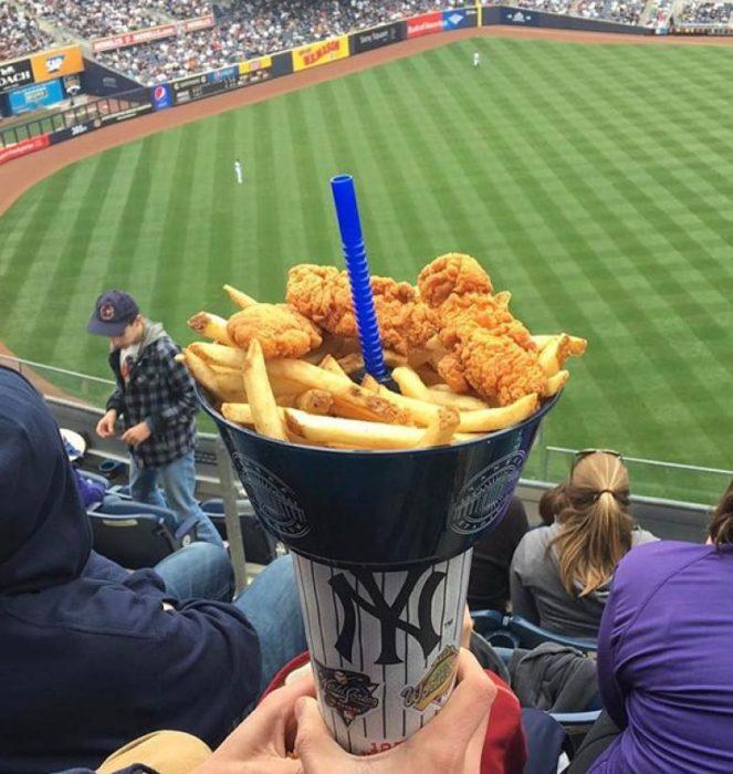 bowl comida y bebida futbol