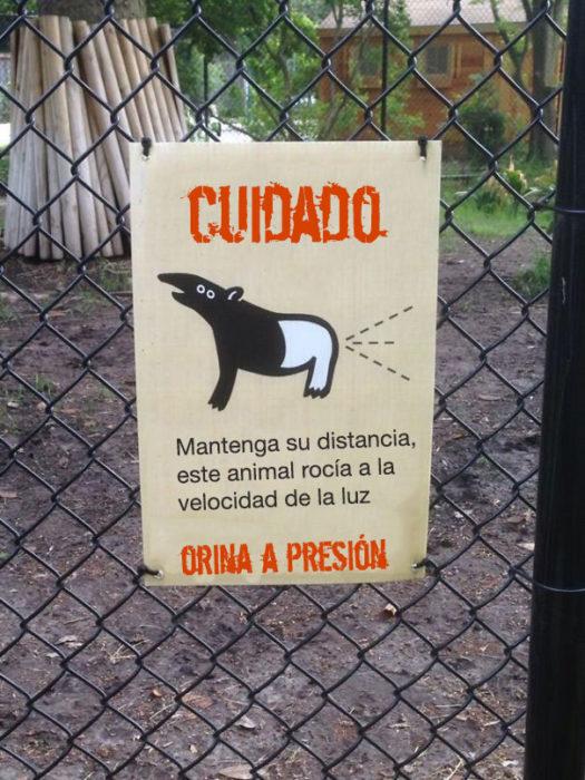 orina a presión letrero zoo