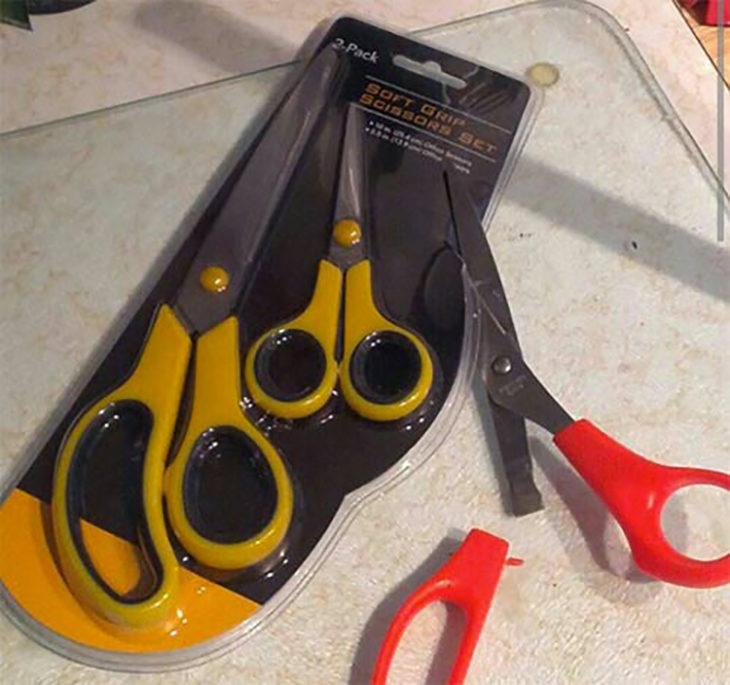 se rompen tijeras que abren empaque de tijeras