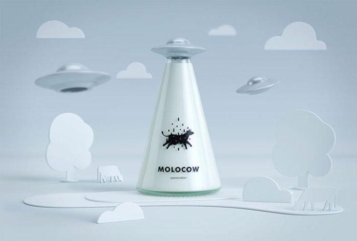 Empaque de leche que simula una vaca abdusida