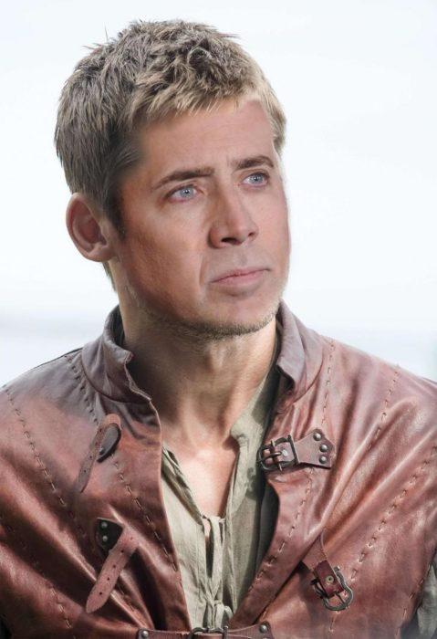 Personaje de GOT photoshopeado con cara de Nicolas Cage