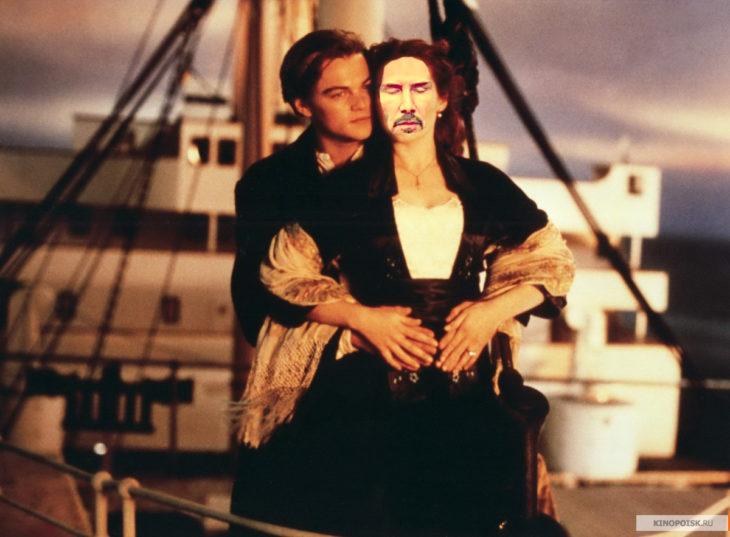 Batalla PS Keanu Reeves como Rose en Titanic
