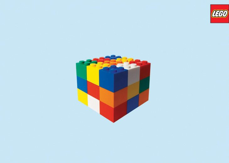 bloques de lego en forma de cubo rubik