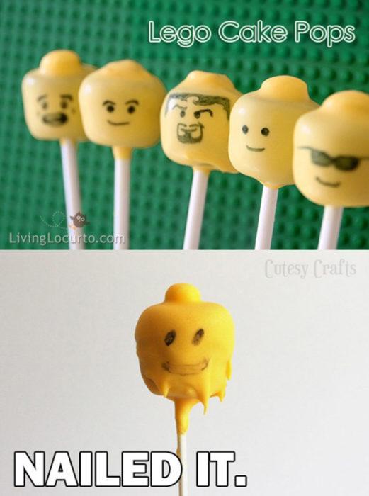 Paletas de pastel en forma de cabeza de lego