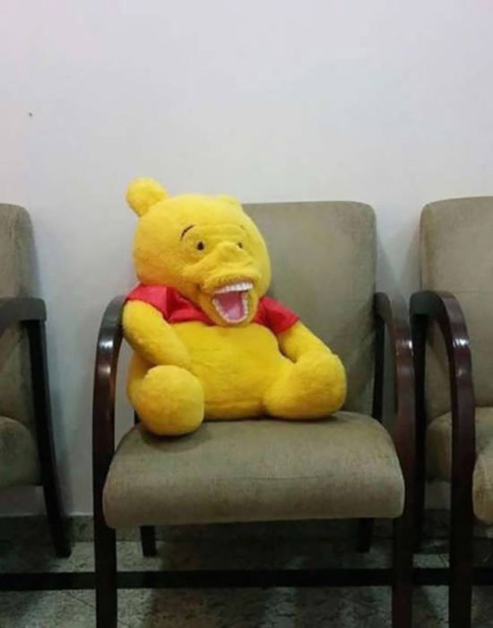 oso de peluche con una boca algo rara