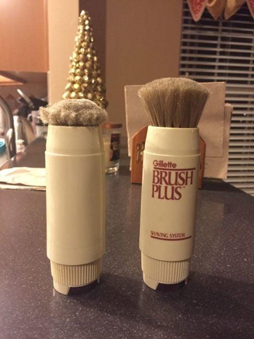 cepillo para afeitar antigua y nueva