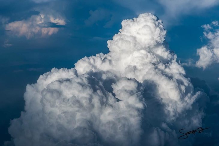 nube tipo comulus vista desde el aire