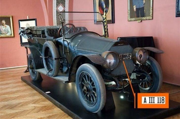 Placa del vehículo en el que fue asesinado el archiduque Franz Ferndinando