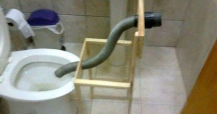 retrete con manguera para evitar que se vayan los líquidos por otro sitio