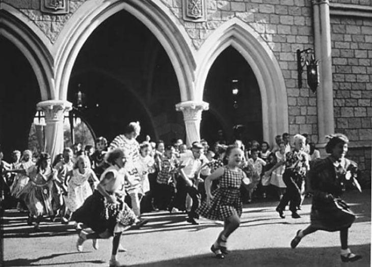 Apertura Disneyland