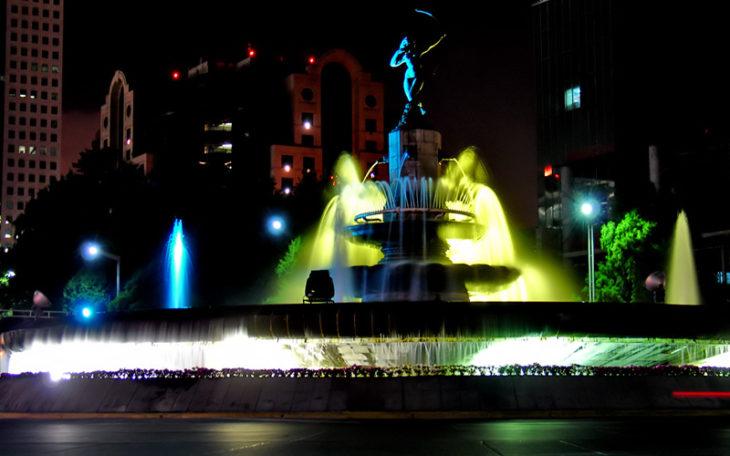 Fuente de la Diana Cazadora vista de noche