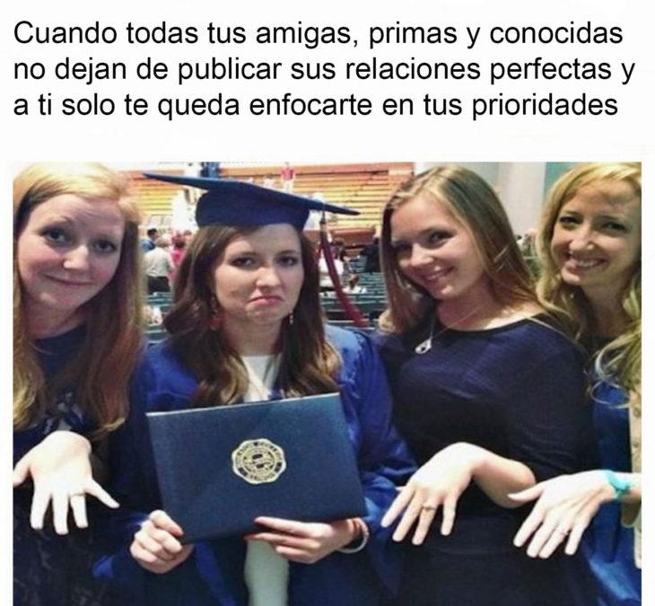 graduación anillos de compromiso