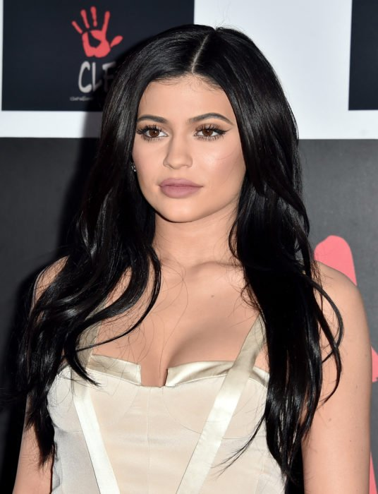 Kylie Jenner maquillaje